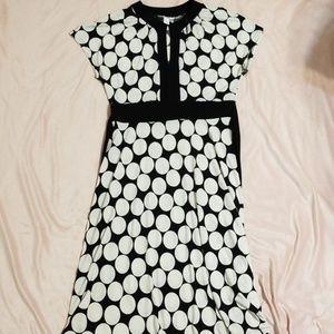 NWOT    b&w polka dot dress